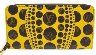 クサマヤヨイとルイヴィトンのコラボ財布
