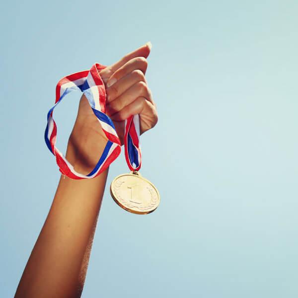 オリンピックの金メダル素材は?